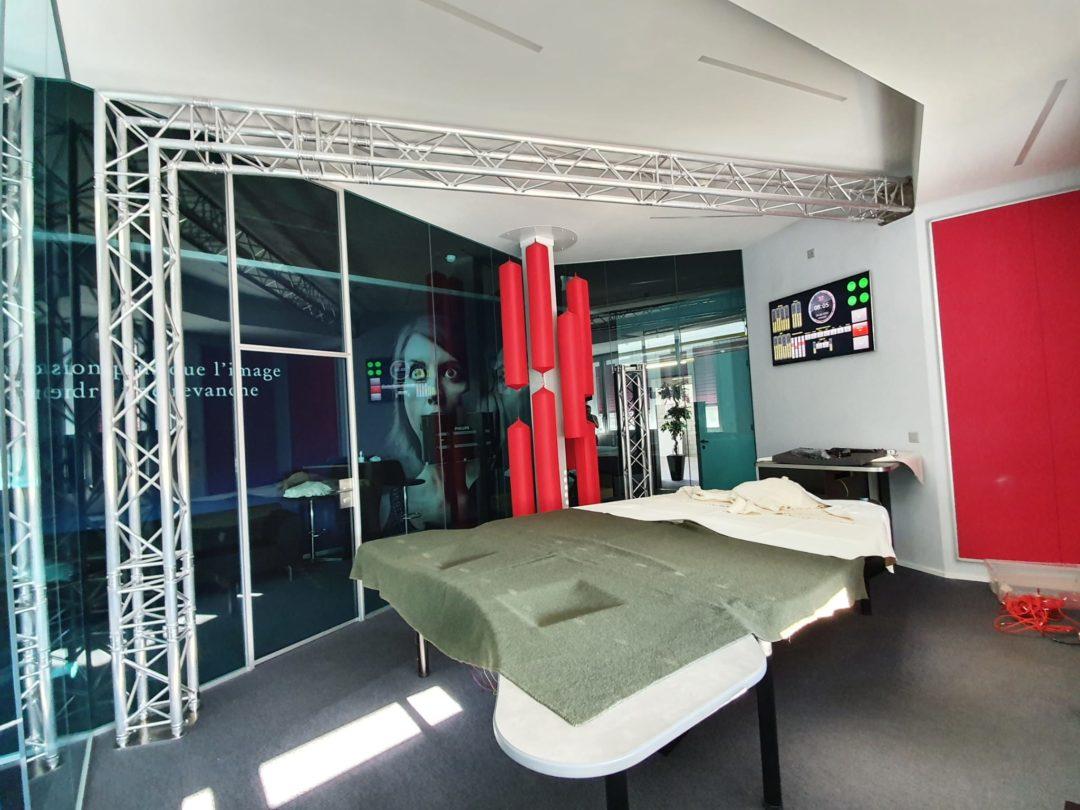 Installation de la structure pour le Studio Live chez Rhône FM
