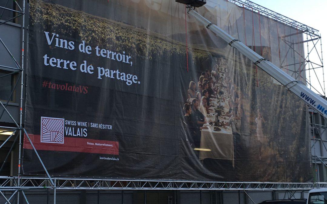 Structure pour publicité géante pour l'IVV à la Gare de Sion 2019